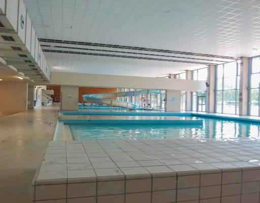 Piscine de cergy parvis for Piscine pontoise
