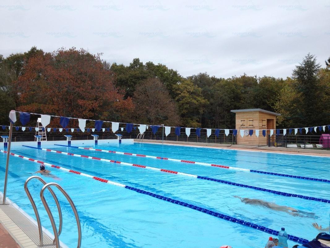 Piscines france centre les piscines loiret 45 for Piscine la charite sur loire