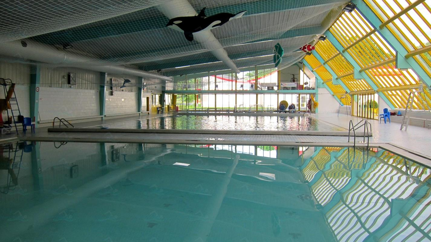 Photos centre nautique de maurepas for Piscine leo lagrange